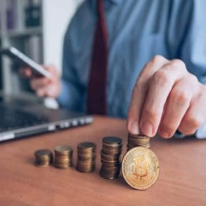 the daily complicated crypto purchasing puts off us investors analysis confirms icos spike 300x300 - The Daily: Complicated Crypto Purchasing Puts Off US Investors, Analysis Confirms – ICOs Spike